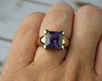Alexandrite Ring Size 6 3/4 1970's 5.6ct Man Made PURPLE MAGENTA FUSCHIA Gold Vermeil Sterling Princess Cut Solitaire Vintage Estate