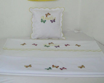 Persoanlized embroidered bed linen for children