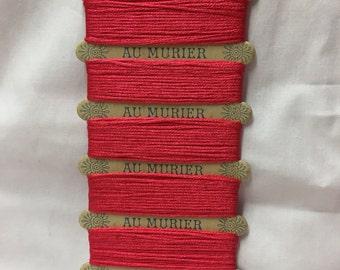 Silk thread on original card - Paris (G)
