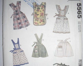 Vintage Apron Sewing Pattern McCall's 5565 Pin Up/Rockabilly UN CUT