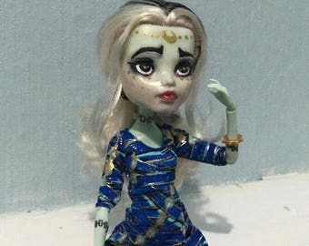Alya  the Luna Witch - Monster High Repaint