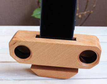 wooden speaker for iPhone and smartphone