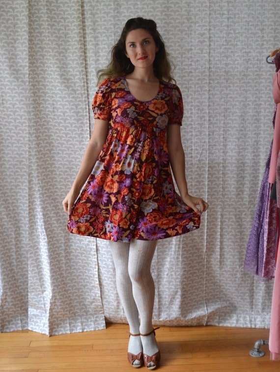Cranberry Clove Dress | vintage velour 70's mini dress babydoll sleeve floral