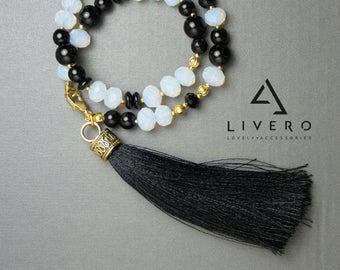 Black ONYX bracelet with tassel. Onyx bracelet. Handmade with Onyx beads. Tassel bracelet. Womens Onyx bracelet, Onyx bracelet for her