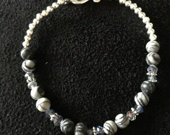 Grey Dragonlace Agate and Grey Chalcedony Bracelet