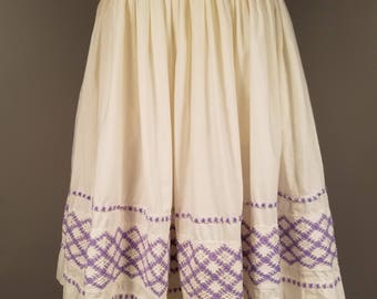1950s White Circle Skirt with Purple Crochet Doily Detailing, Pastel Skirt with Crinoline Petticoat