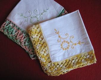 VINTAGE crochet, 2 handkerchief crocheted lace, Hanky lace, handkerchief lace handkerchief, yellow, white, pink, green