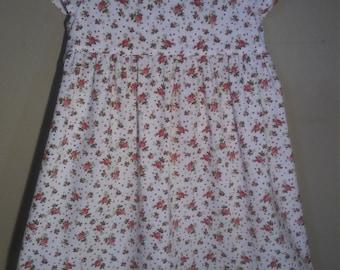 Toddler dress. Size T2. Summer dress.