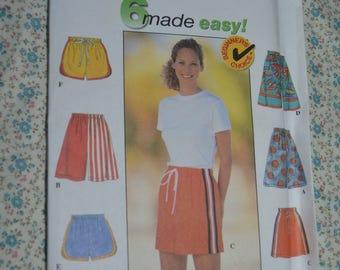 Simplicity 7704 Misses Shorts Sewing Pattern - UNCUT - Size L - XL