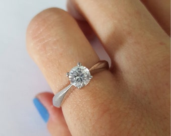 Sterling silver engagement ring - Engagement ring - Silver engagement ring - Promise ring - Solitaire ring - Zircon engagement ring
