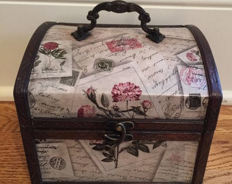 "Lovely little ""Honeymoon Fund"" trunk/Wedding decorations/Trunk with written script in blush pink and black/Small wedding card trunk"