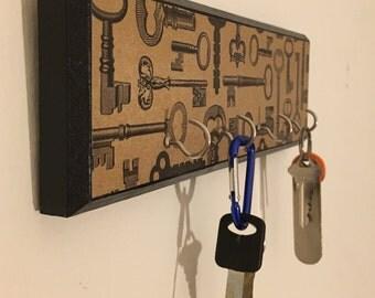 Decoupage Key Holder, Key Hooks, Housewarming Gift, Key Rack, Entry Way Key Hooks, Key Organization, Key Holder for Wall