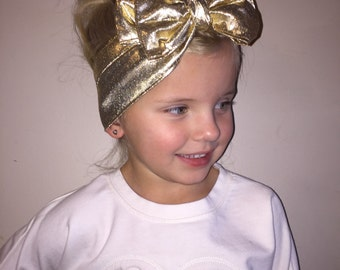 Head-wrap for babies or girls, Color Shiny gold.