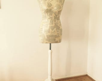 Lady Chatterley: paper mache mannequin
