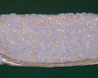 """VINTAGE BEADED PURSE, Evening Clutch Bag, """"La Regale Ltd New York, Pearl Beads, made in Hong Kong, c1950"""