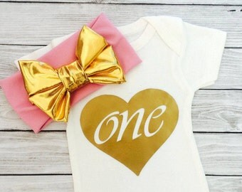 One Baby Bodysuit, First Birthday Outfit Girl, Birthday Shirt, Baby Girl clothes, Baby Clothes, First Birthday Shirt, First Birthday Girl