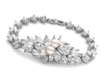 Crystal wedding bracelet, bridesmaid jewelry, crystal bridal bracelet, bridesmaid gift, cz bracelet, pearl bridal jewelry, cubic zirconia