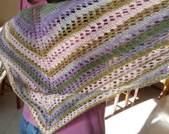 Triangular shawl/scarf, triangular shawl, rainbow color