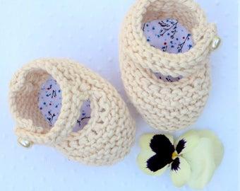 Chaussons ballerines pour bébé tricotés à la main