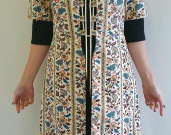 Vintage 1960s Ladies Lace Up Over Coat