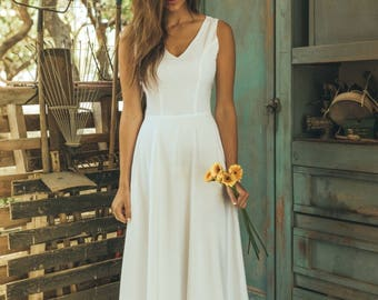 Simple wedding dress etsy simple wedding dress white wedding dress simple simple boho wedding dress white boho junglespirit Image collections