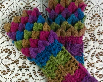 """Crocheted Cabled """"Dragonscale"""" long fingerless gloves / arm warmers"""