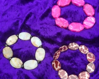 Stretchy bracelets / genuine  gemstones / Bamboo leaf Jasper & smokey Quartz / Agate/ shell / giraffe print / natural earthy tones / pink