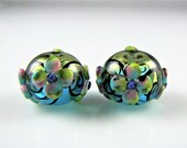 Flower Hollow Glass Bead Pair