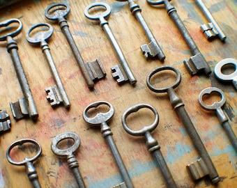 Large Antique Skeleton Key Lot