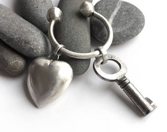 Sterling Silver Big Puffy Heart Horseshoe Key Ring Key Chain Vintage Charm Skeleton Key
