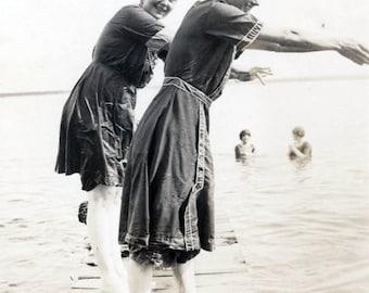 vintage photo 1910 Teenage Girls Bathing Beauty Diving off Lake Dock