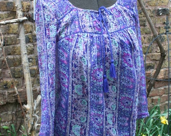 Small sparkly India print shirt hippie blouse long sleeved tie front