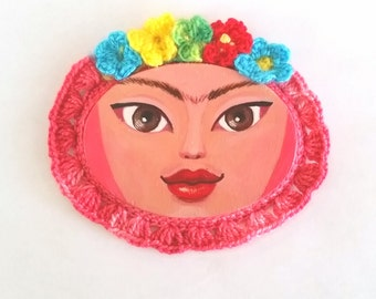 Mini Painting Frida with Crocheted Frame