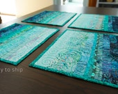 Modern Quilted Placemats Set of 4 Turquoise Blue Table Decor Art Quilt Kitchen Table Settings for Entertainment Dinner Party Table Decor