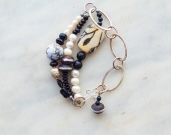 Bracelet Beaded Bracelet Chunky Bracelet Chain Link Black & White Pearl Onyx Boho Tribal Jewelry Gift for Her Gift for Women Gift for Wife