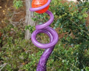 Raspberry Purple Glass Sculpted Tigger Tail with Fire Red Ball Garden Art Finial Outdoor Garden Sculpture