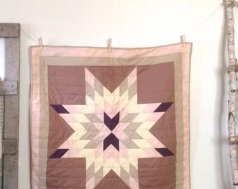 Baby Quilt | Modern Baby Quilt | Star Quilt | Crib Quilt | Lonestar Quit | Baby Girl Blanket