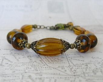 Amber Bracelet, Vintage Inspired Topaz Glass Bead Bracelet, Golden Brown and Antique Brass, Boho Vintage Jewelry
