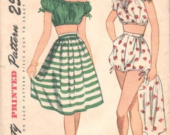 Simplicity 1621 1940s Misses Playsuit Pattern Midriff Top Bubble Shorts and High Waist Skirt Womens Vintage Sewing Size 14 Bust 32