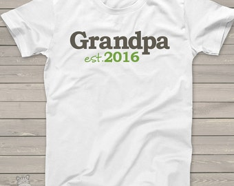 Grandpa or dad shirt - grandpa established any year custom t-shirt - great for a pregnancy announcement or Father's Day gift mdf1-041