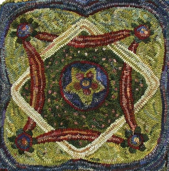 Pocket Knot Garden Rug Hooking Pattern