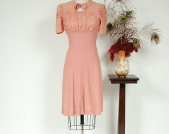 Vintage 1930s Dress - Ideal Pink Rayon Crepe Late 30s Day Dress with Gathered Lace Bodice, Puffed Sleeves and Gored Skirt - Spring Breath