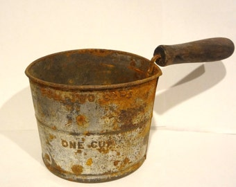 Vintage Flour Sifter 1 Cup Dented  Rusty Distressed Kitchen Cabin Home Decor Rustic Cottage Chic