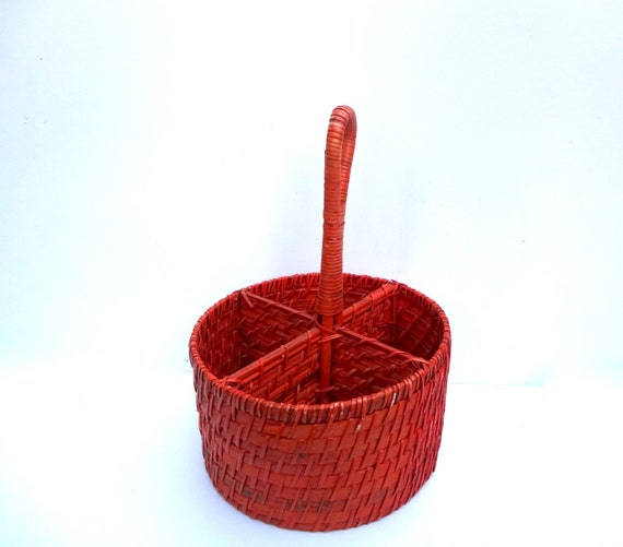 Wicker basket with sections : Vintage wicker storage basket red with sections round
