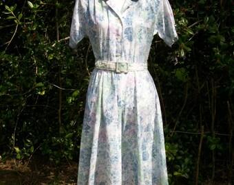 80s Watercolor Floral Dress size Small Medium Shirtwaist Dress 50s Style Petite