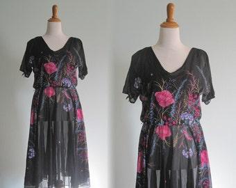 Charming 70s Black Floral Dress - Vintage Night Garden Dress - Vintage 1970s Dress L XL