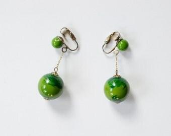 1960s Green Dangle Clip-On Earrings