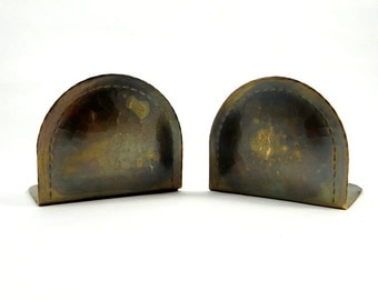 Antique Roycroft Hammered Copper Book Ends, Arts and Crafts Movement, Circa 1910