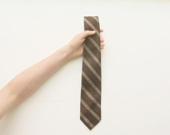 Id Rather Be Playing Golf 1970 necktie . retro kitsch Fathers Day gift for him .sale s a l e