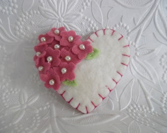 Rose Felt Flower Brooch Heart Beaded Flowers Mother's Day